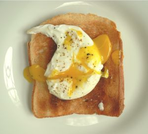 poached_egg_on_toast.jpg